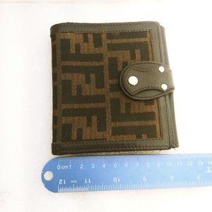 💯Authentic Fendi wallet